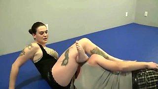 Mixed wrestling - BBW