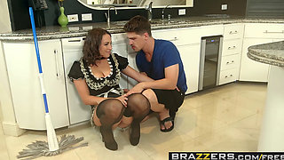 Brazzers   Real Wife Stories   Alena Croft Lily Love and Bruce Venture    The Heat Wave