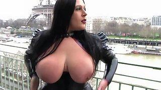 Blowjob lady in paris
