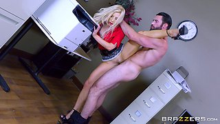 Bearded guy gladly pushes his cock into booty of a perfect blonde