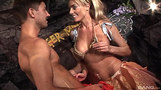 Big breasted Antonia Deona loves bouncing on a stiff dick