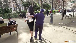 Fake cop picks up deviant harlots on the street