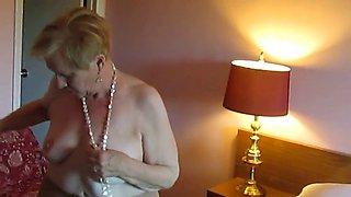 aunt sue  takes off dress