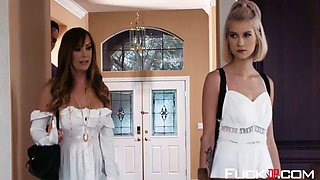 arya faye in bad babysitter episode 2