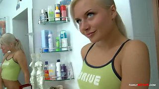 Blonde stepsis is easy to seduce, she is always wet for her brother