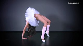 seductive petino gore shows her twat with her ballerina dress on