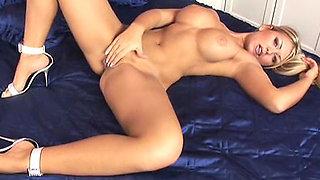 Horny blonde in heels masturbates