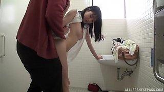 Pretty Suzukawa Ayane screws with a neighbor in the bathroom
