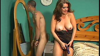 Hot brunette gives a blowjob for bisexual guys