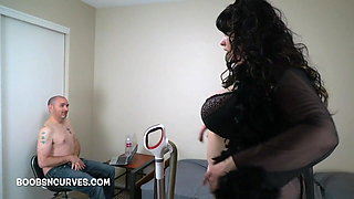 Naia Bee catches her stepson jerking