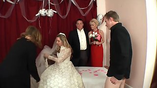 Family wedding day creampie