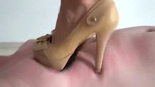 HIGH HEELS HARD TRAMPLING SLAVE 1