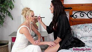 Bride to be Kenna sensually licks Valentinas clit