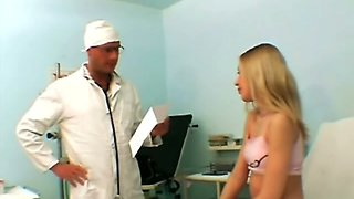 Kinky doctor examines pussy and wants to punish it with rough pounding