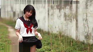 JAPANESE SEXY SCHOOLGIRL