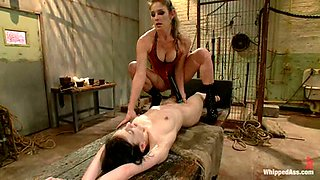 Elise Graves gets humiliated and tormented by Felony in a jail