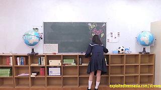 Jav Schoolgirl Sucks And Fuck The Glory
