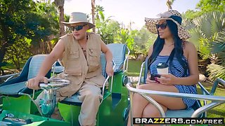 Brazzers - Big Butts Like It Big -  Swamp Buggy Booty scene