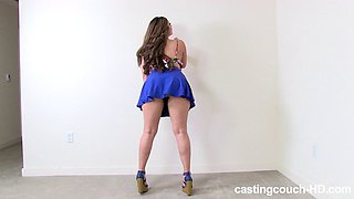 Curvy beauty Valentina bends over for a massive BBC