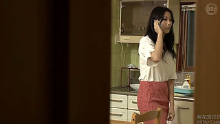 Japanese housewife getting fucked by a stranger