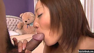 Beautiful asian babe loses her virginity with experienced fucker