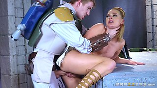 Beautiful princess allows the bounty hunter to penetrate her pussy