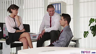 Bisexual anal fuck when the boss' away!
