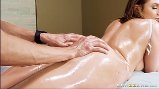 boobylicious blonde skylar blows the masseur