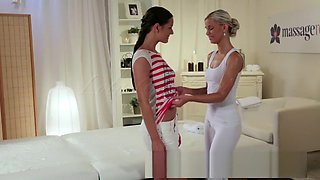 Innocent young lesbian has G-spot orgasm with teen masseuse