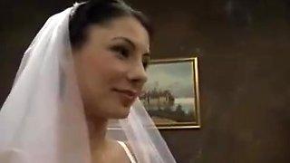 Bride fucks old man - Sofia Gucci