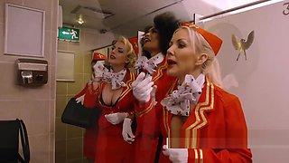 Horny flight stewardess seduces traveler onto banging her in public bathroom