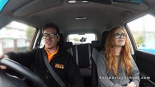 Threesome ffm fuck in fake driving school car