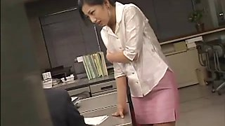 Japanese new secretary has to entertain co workers