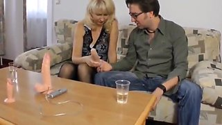 sexy mature wife loves skinny nerd in glasses with big dick