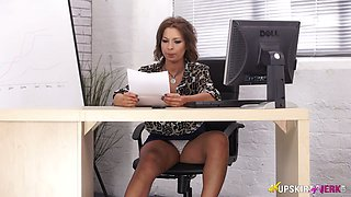 Down to fuck book keeper Jamie T shows off her pussy upskirt under the table