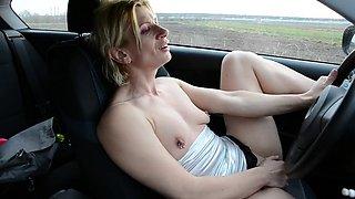 slut in the car