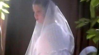 bride peeing in wedding