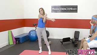 Hot brunette chick works out jocks hard cock in the gym