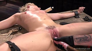 beautiful blonde's first hardcore bondage session