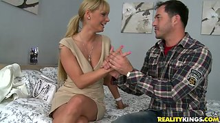 Horny mommy Shelia Grant turns a hot guy on with her big tits