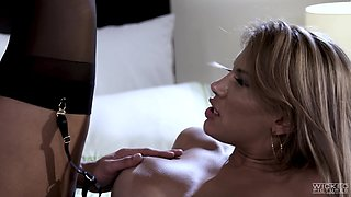 Large-titted Mercedes Carrera having a great time getting fucked