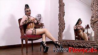 Kinky Kayla Green at LatexPussyCats