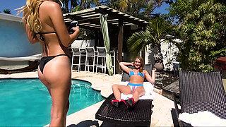 Bikini-clad hotness