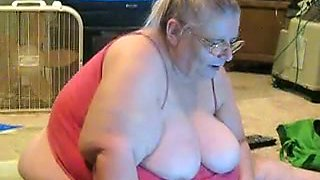 I am fat and old but my body is still flexible and sexy