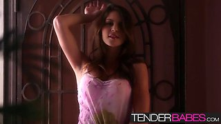 amber sym has a perfect body and beautiful in every way