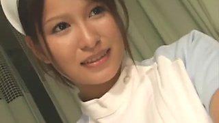 Japan nurse help patient