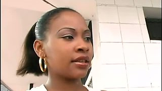Pregnant woman Ibeth is a fine ass ebony chick with a tasty snatch