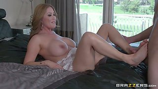 Lucky American man eats pussy of gorgeous Asian mom Kianna Dior