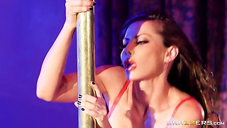 Banging a luscious stripper Madison Ivy is a memorable experience