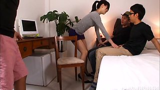 Smoking hot Inoue Ayako knows how to please more guys at once